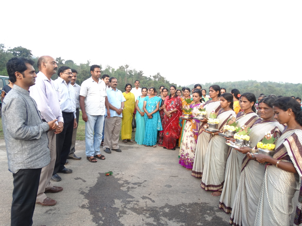 SHG members welcoming Mr. Chintala for his visit to Somwarpete Watershed area